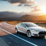 Tesla S road photo
