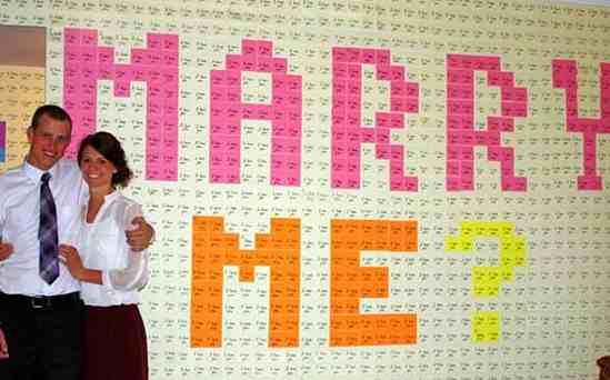 marriage proposal in 8000 Post-it notes-BrettBeutlerphoto