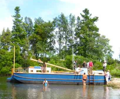 Vermont Sail Freight Project boat