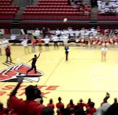 half court shot-Video-snippet