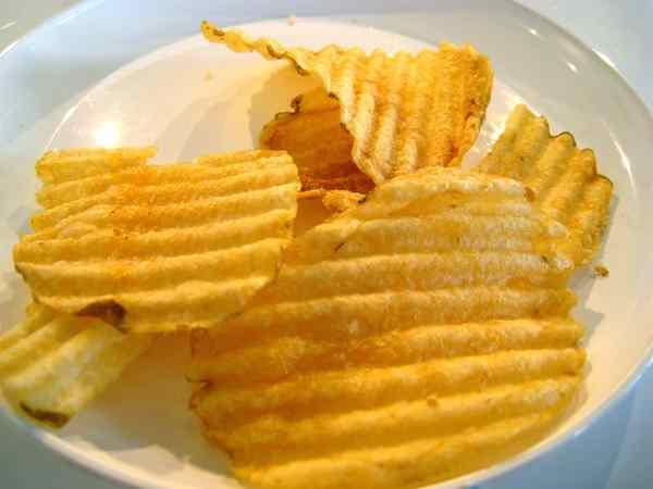 potato chip photo by Adam Kuban-flickr-CC