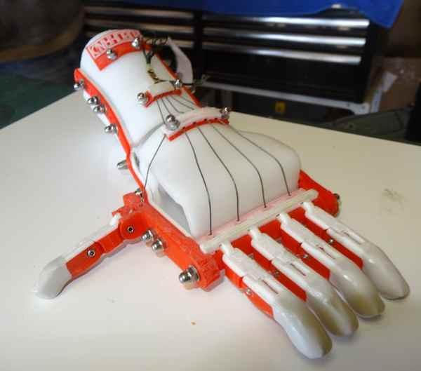 Robo hand via 3D printer