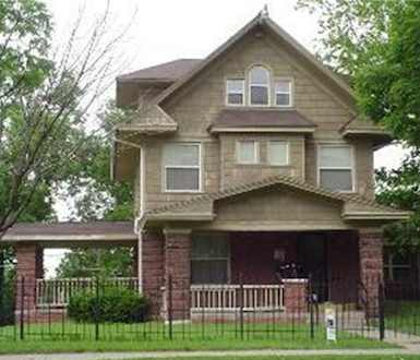 Victorian home roofed in KC