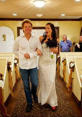 Bon Jovie walks bride down aisle