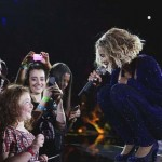 Beyonce sings with blind Aussie girl