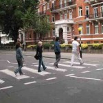 Abbey Road photo with tourists (c)