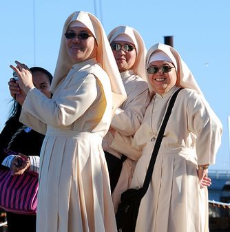 nuns smiling-Flickr-DeusXFlorida-CC