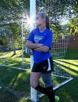 soccer athlete 1-leg-NBCvid