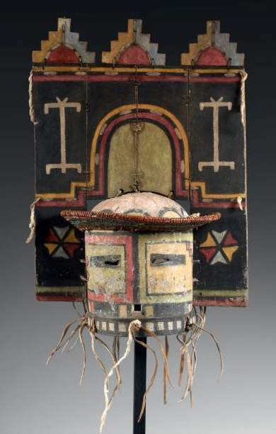 Native American Hopi mask-EVEAuctionHouse