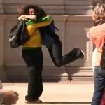 hug-street-scene