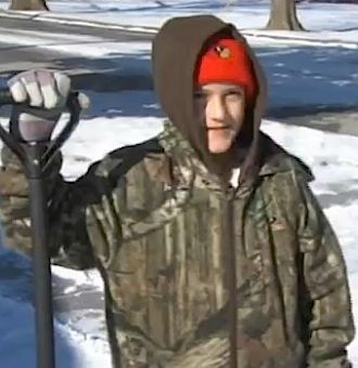 snow shoveling MO boy-FourStatesHomepage