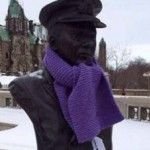statue with knit scarf in Ottawa -FBphoto