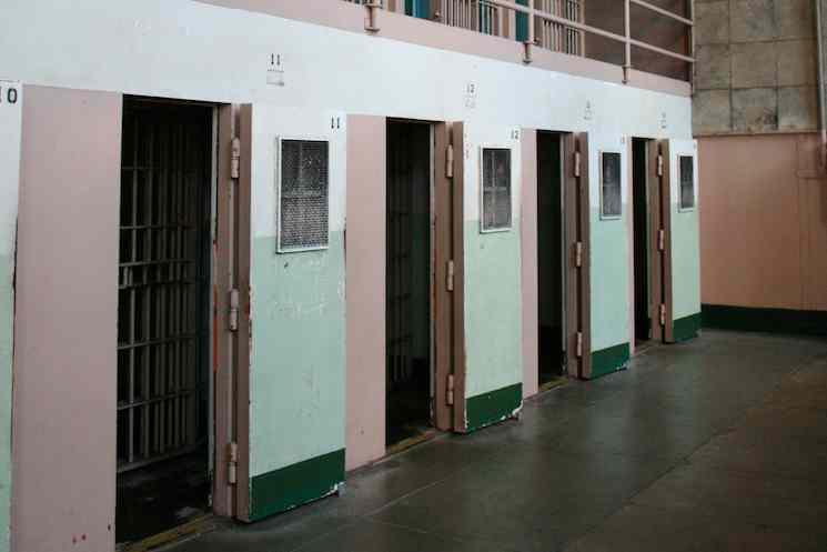 Prison solitary confinement-ImipolexG-CC