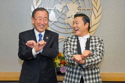 UN Sec Gen Moon with Psy laughing-UNphoto