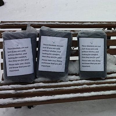 blankets left for Boston homeless-Reddit photo