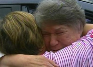 sisters reunite after 66 years-NBCvid
