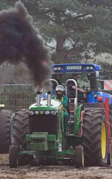 tractor pollution  Jurgen Guerito-CC Flickr