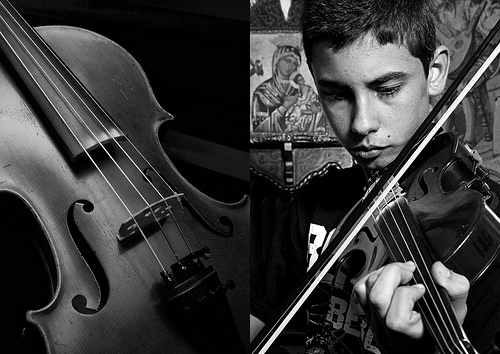 violin and player-BW-padesucre-Flickr-CC