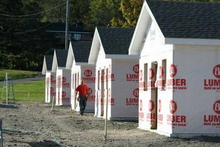 cottages_built_for_homeless-Second_Wind