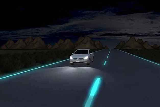 glowing_roads-Studio_Roosegaarde