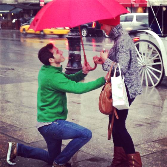 marriage_proposal-NYC-JennaeZuloaga