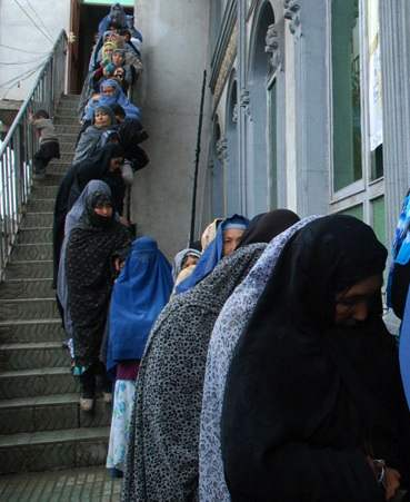voting women Afghanistan-Photo-UNAMAZachary Golestani