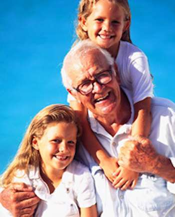 Grandpa_with_2_children-SunStar