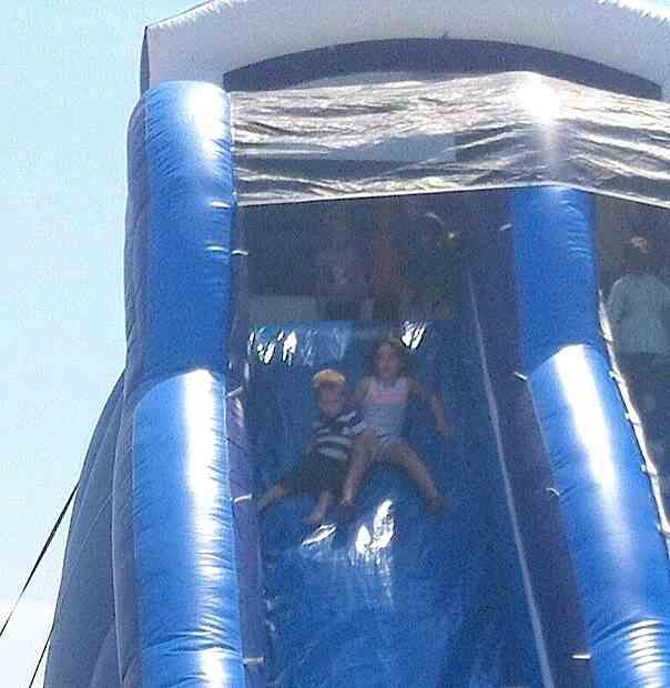 kids-slide-down-inflatible-slide-JonHarper