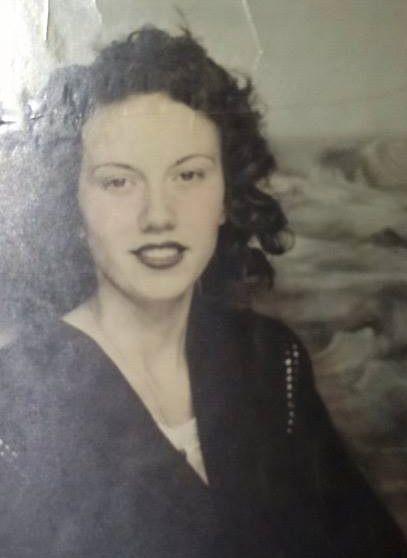 sandra_jones_mom-historical-family-photo