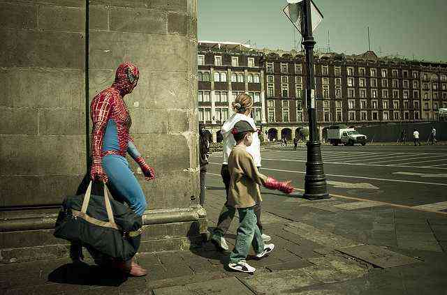 spiderman-with_duffle-flickr-cc-Eneas