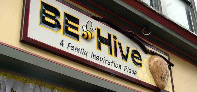 Be-hive-coffee-community-center-logo