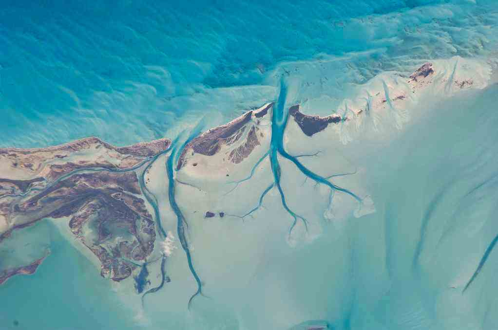 Long_Island_Bahamas-NASA-satellite