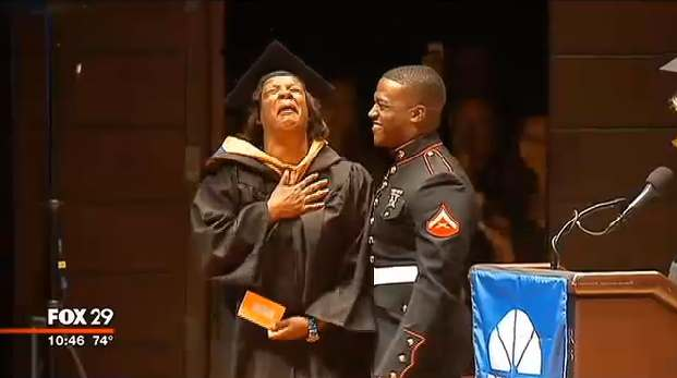Marine_soldier-surprises-mom-for-her-graduation