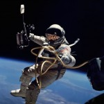 NASA-EdWhite-first-space walk-1965