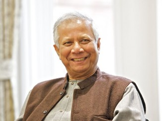 Professor_Muhammad_Yunus-2013-CC-University of Salford Press Office
