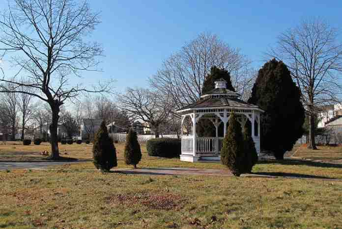 Rosemount_Memorial_Park-with-gazebo-NJ