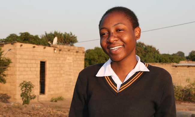Zinzi-African-student-ImagineScholarPhoto