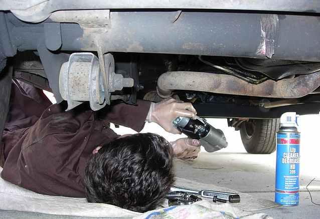 auto-repair-mechanic-cc-Bob-n-Renee
