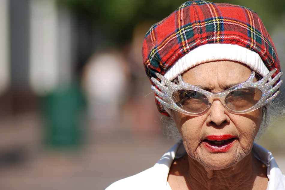 elderly-woman-in-funny-sunglasses-cc-Janeen_Hutchins