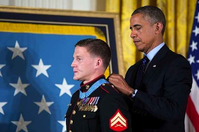 president awards medal of honor to corporal william  u0026quot kyle