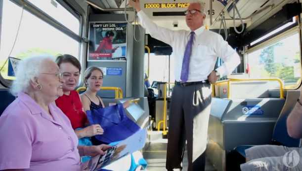 Bus-passenger-wooed-on-birthday-OregonLiveVid