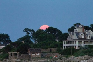 Supermoon rises over Cohasset, Massachusetts by Jeff Cutler
