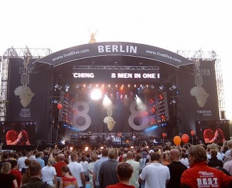 Live-8-concert-stage-Berlin-pubdomain