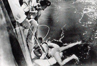 roger-woodward-Niagra rescue-1960-newspaper