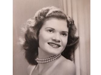 1945-high-school-photo-Dorothy-Bartos