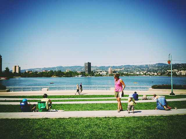 Lake-Merritt-Oakland-CC-ScottSchiller-640px
