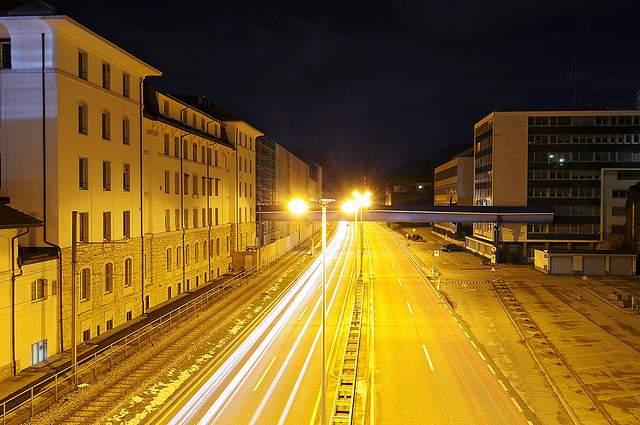 640-highway-at-night-timelapse-CC-Tambako_The_Jaguar