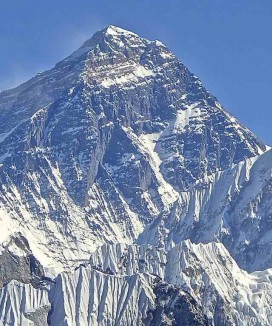 Mount_Everest_Southwest_Face-CC-Rdevany