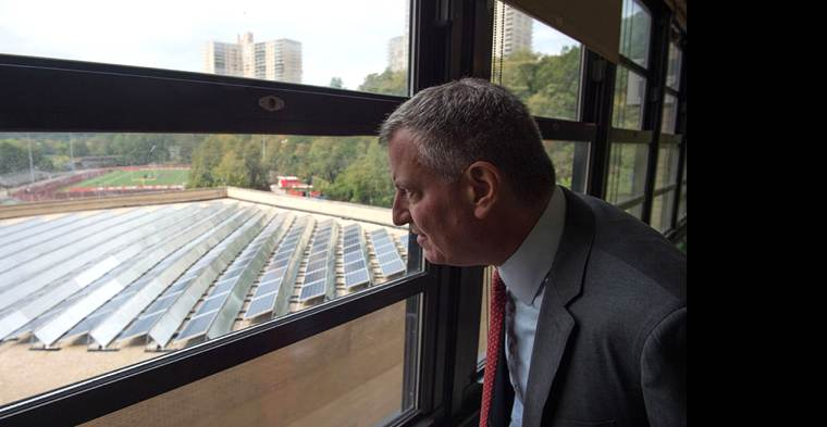 NYC-Mayor-de-Blasio-solarschools-press-release