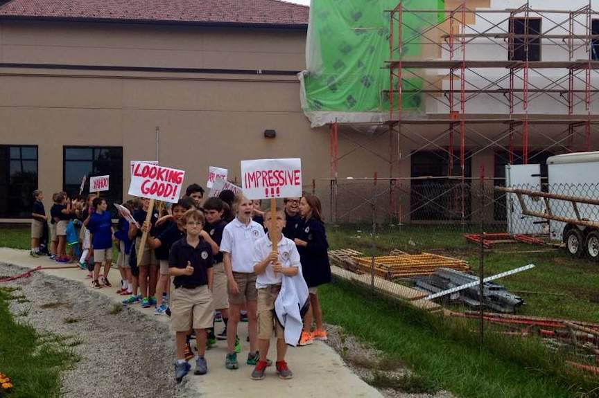 positive-picketing-Corpus-Christi-school